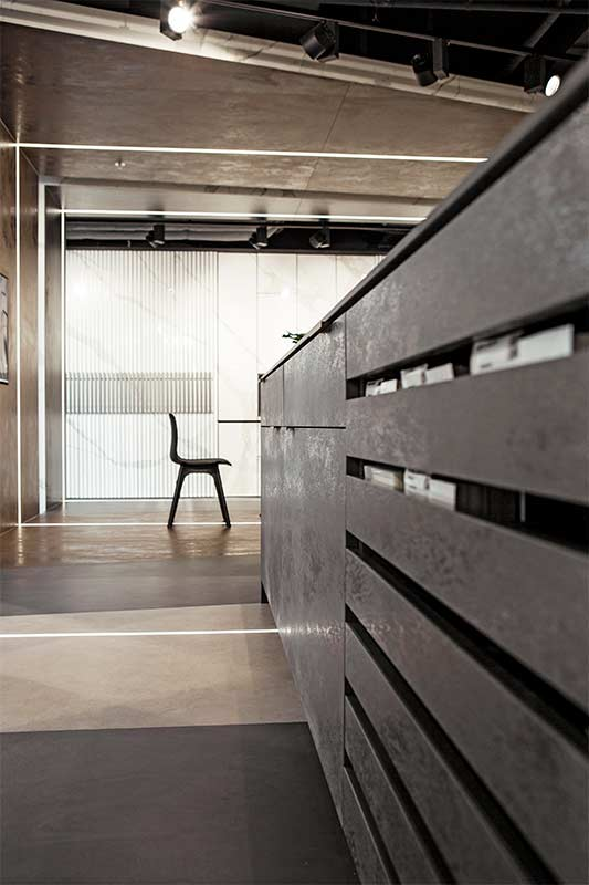 Wnętrza w Obiektywie - Showroom Laminam