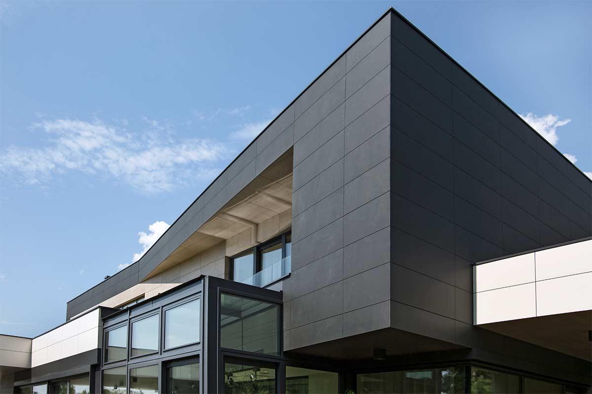 Wnętrza w Obiektywie - Elewacja domu pod Warszawą
