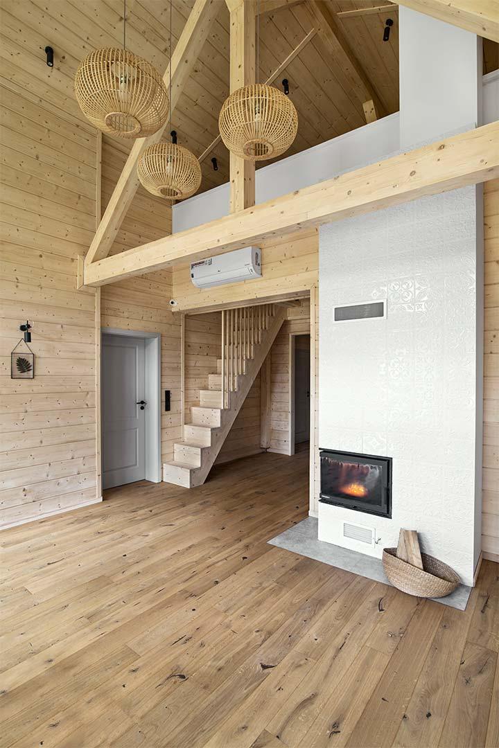 Wnętrza w obiektywie - Leśny domek pod Warszawą